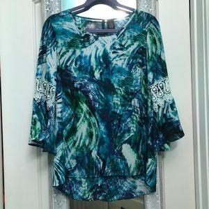 Bell sleeved blouse